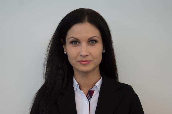 Erika Csaplár